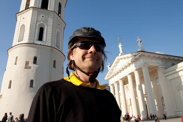 Vilnius, Lietuva, Lithuania, 2011, Antiatominis flashmobas, flashmob, protestas, Darius Chmieliauskas, Katedros aikštė