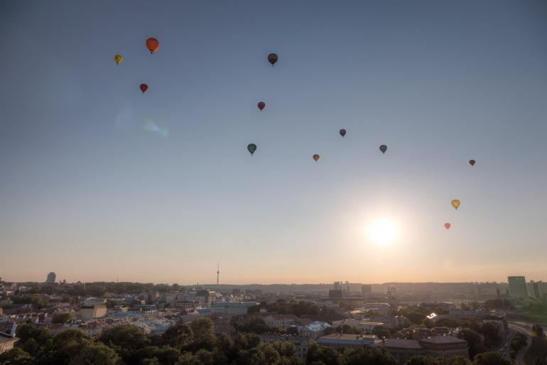 2014, city, dangus, Gediminas' hill, Gedimino kalnas, HDR, hot air balloon, Lietuva, Lithuania, miestas, oro balionas, saulė, sky, sun, Vilnius