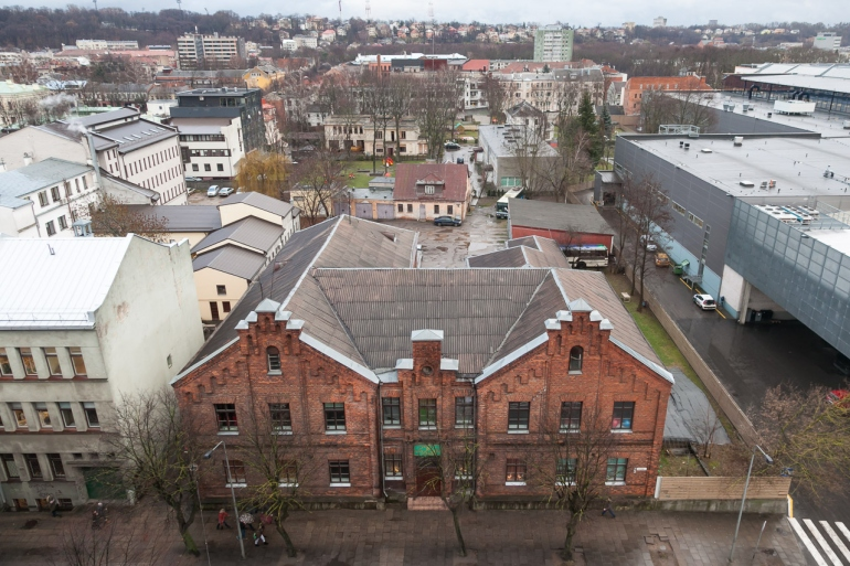 Kaunas, Lietuva, Lithuania, 2013, apleistas, apleista, abandoned, Respublika, viešbutis, hotel, HDR, stogai, roofs, stogas, roof, Akropolis, žiema, winter