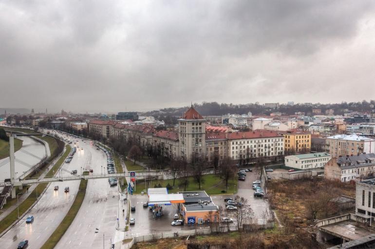 Kaunas, Lietuva, Lithuania, 2013, apleistas, apleista, abandoned, Respublika, viešbutis, hotel, HDR, stogai, roofs, stogas, roof, Karaliaus Mindaugo prospektas, žiema, winter