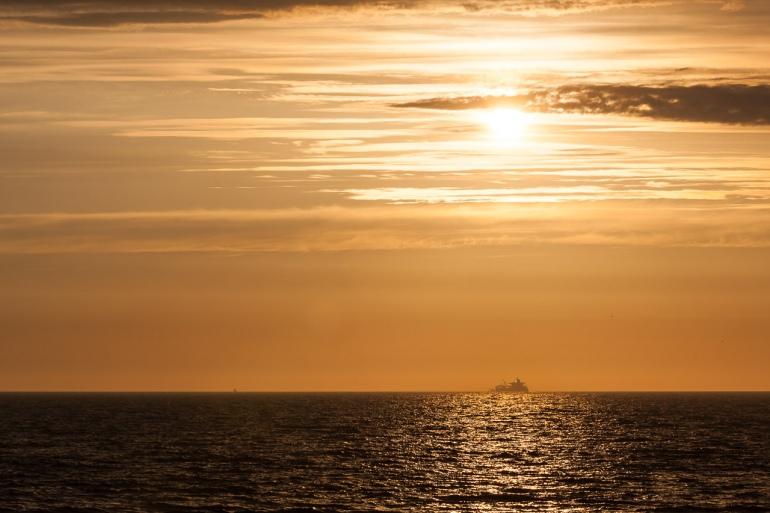Baltic sea, Baltijos jūra, evening, jūra, laivas, Lietuva, Lithuania, saulė, saulėlydis, sea, ship, summer, sun, sunset, Šventoji, vakaras, vasara, 2015