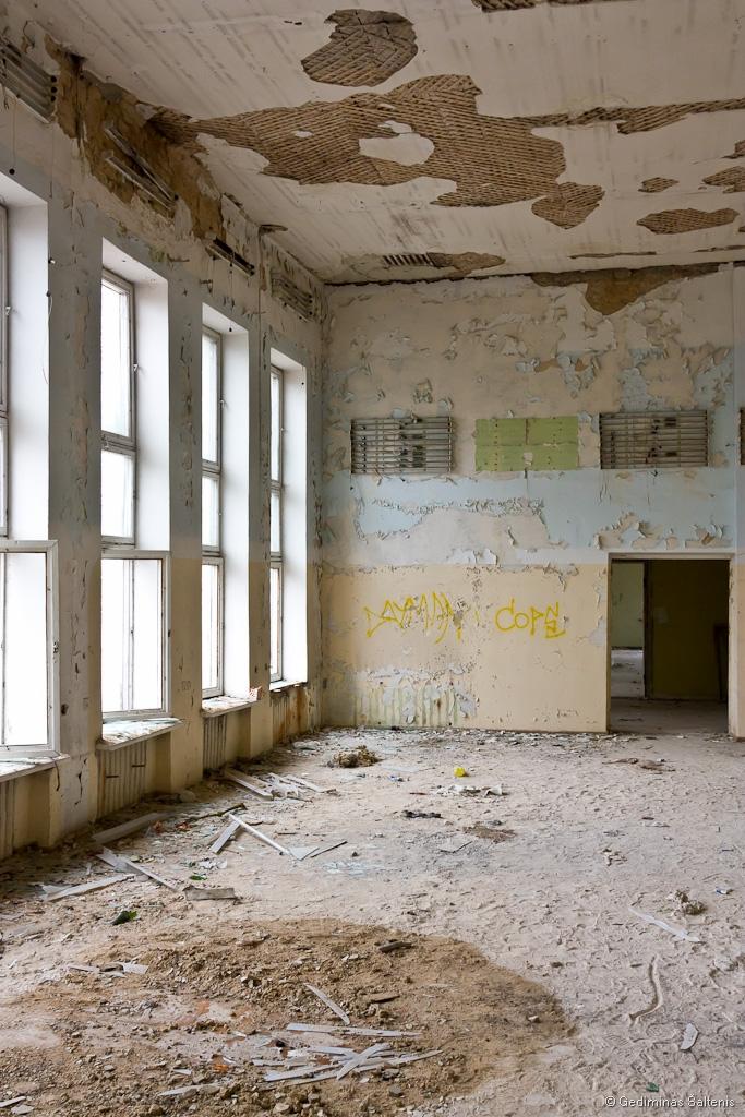 Naujoji Vilnia, Lithuania, Lietuva, apleistas, abandoned, 2009, laidojimo namai, namas, house, Kojelavičiaus 172