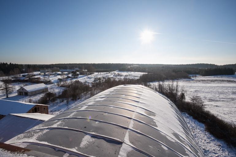 2014, Lietuva, Lithuania, Raudondvaris, Neris, žiema, winter, Dvaras, Parčevskio dvaras, Nemenčinė, apleista, abandoned, Tauro alaus bravoras, gamykla, stogas